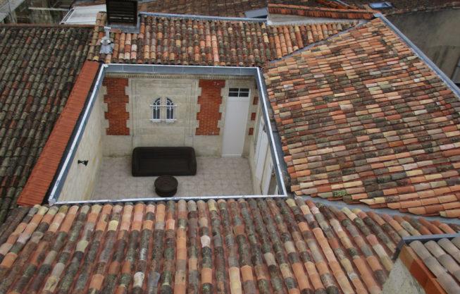 Réfection de toiture tuile canal à Bordeaux par Combles & Toitures