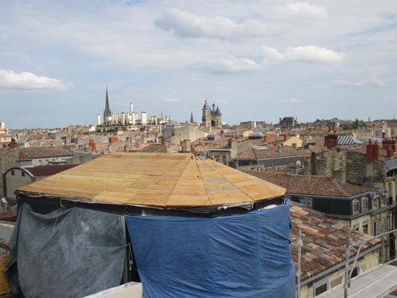 Création de charpente à Bordeaux par Combles & Toitures